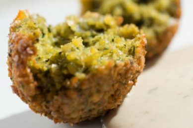 LUNCHBOX IDEA: Chickpea falafels
